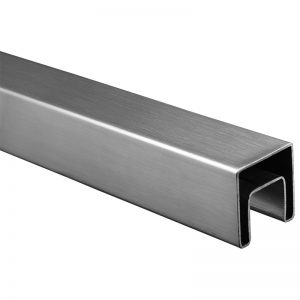 SSUTSQ040000 SQUARE CAP RAIL 40 x 40mm x 19 FT. WITH 24 x 24mm INNER WIDTH & HEIGHT